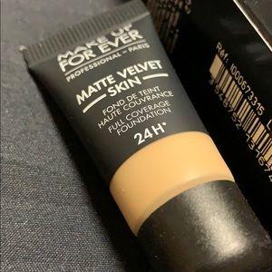 Makeup Forever Makeup - MUFE Matte Velvet Skin 24H Foundation